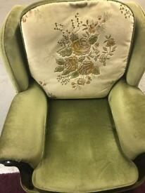 Green sofa set for sale!