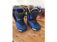 Snow boarding boots size 9