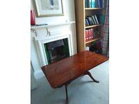 Lovely reproduction light mahogany coffee table