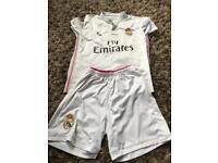 Boys Real Madrid kit