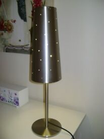 TRENDY TABLE LAMP PERFRECT WORKING ORDER.