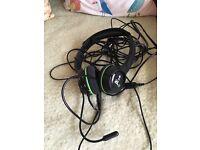 XBOX360 headphones with integral microphone