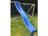 8ft SLIDE Heavy Duty Wave. Good condition but plastic around the screw holes at the top is cracked.