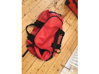 GENUINE NORTH FACE RED DUFFLE BAG/RUCKSACK LARGE SIZE