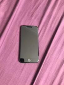 Iphone 7 32gb unlocked to all networks. Good condition