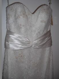 Lusan Mandongus Designer Wedding Dress - BRAND NEW, Size 10-12