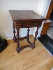 repo dark lamp table with drawer