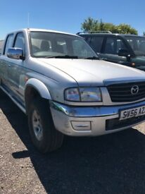 MAZDA B2500 double cab pick up 2006