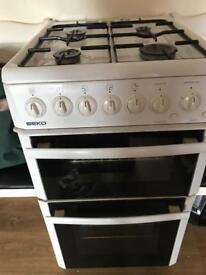 Below gas cooker