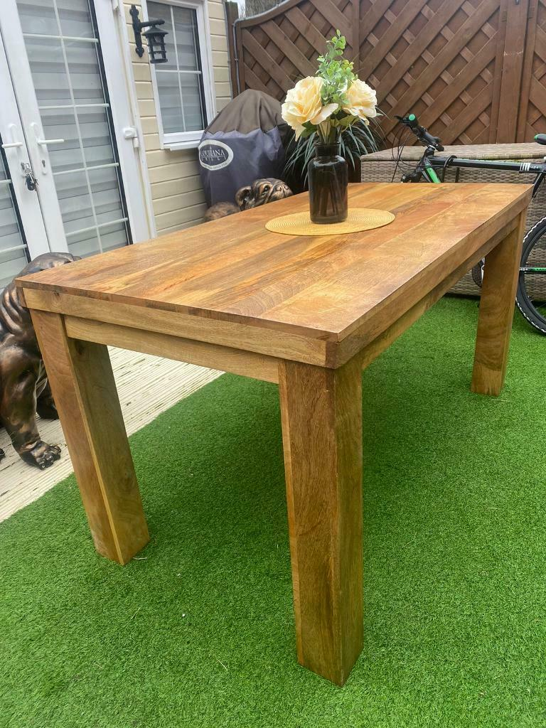 Oak dining table | in Portsmouth, Hampshire | Gumtree