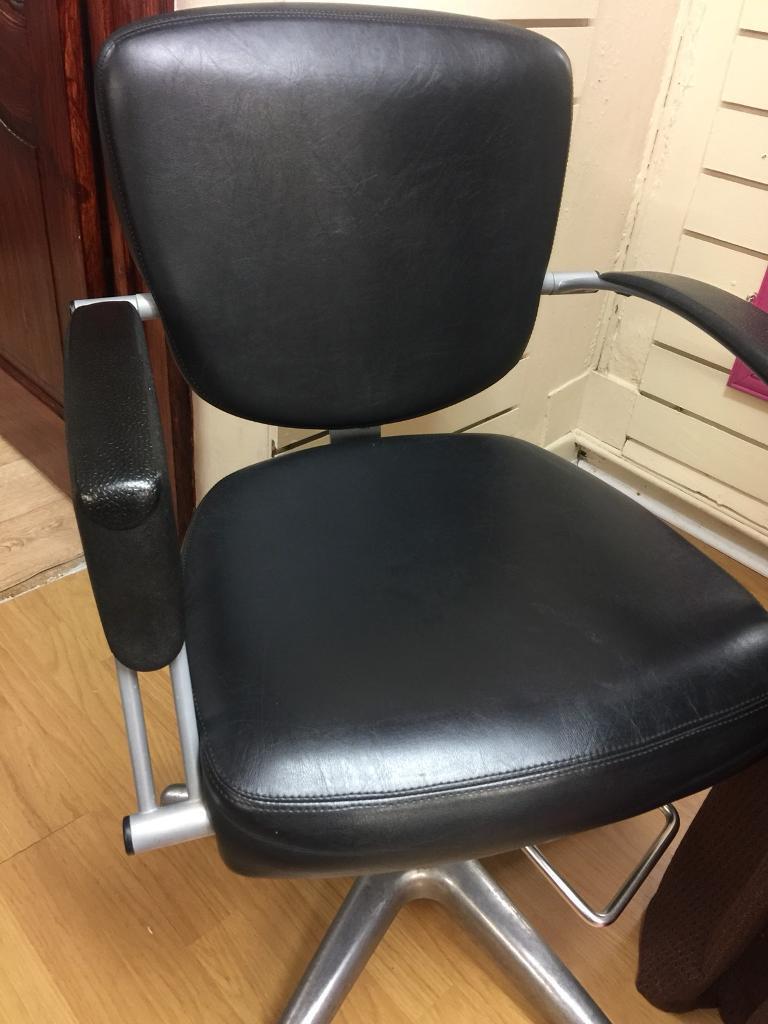 Beauty salon/barbers chairs