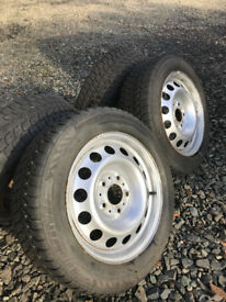 Mini Countryman Winter Wheels (LK 5 x 120.00 x 72.50) + Tyres (195/60R16)