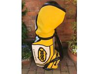 Yes C-groove golf bag and selection of clubs