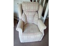 Lift & Recline Cosi Chair, as new.