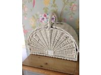 Picnic basket wicker luxury new with tags