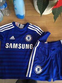 Chelsea kit age 5-6