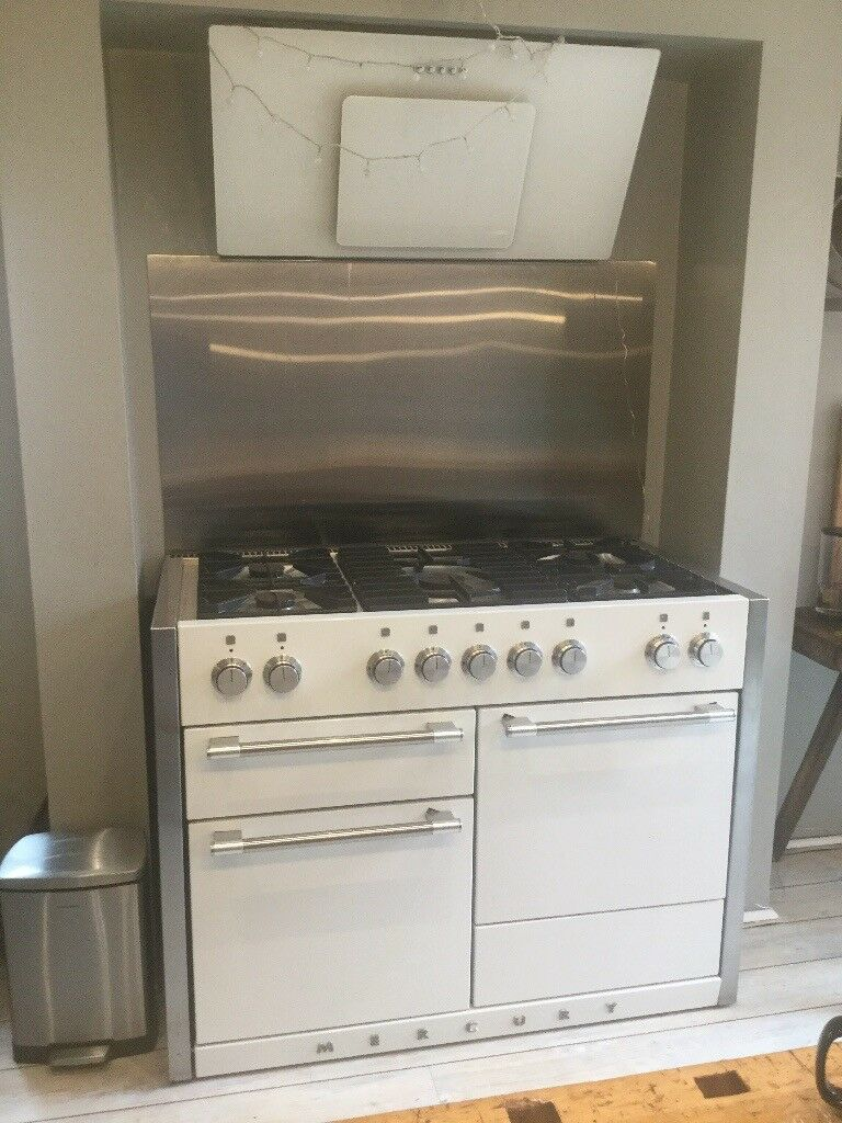 White gloss Mercury range cooker and extractor fan