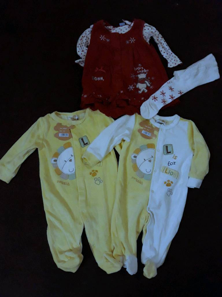 Bundle of girls 3-6months clothes