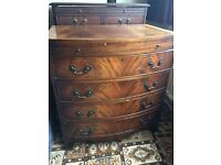 Chest of drawers Bow fronted mahogany 4 drawer