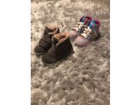 2x kids shoes - Sketchers Twinkle Toes light up and boots size 7uk