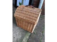 Wicker Cat Bed with carry handle