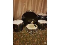Tama rockstar 5 peice drum kit £200 can deliver