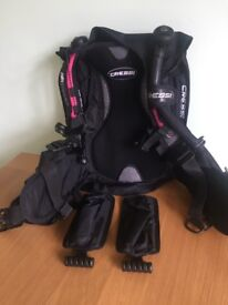 BCD, Cressi, travel lightweight. Size medium