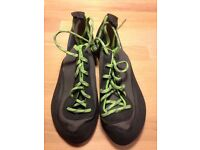 Simond Climbing Shoes size 5, as new.