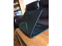 Alienware Laptop 17 inch 2015 - Excellent Condition - With free Carry Case and wireless mouse