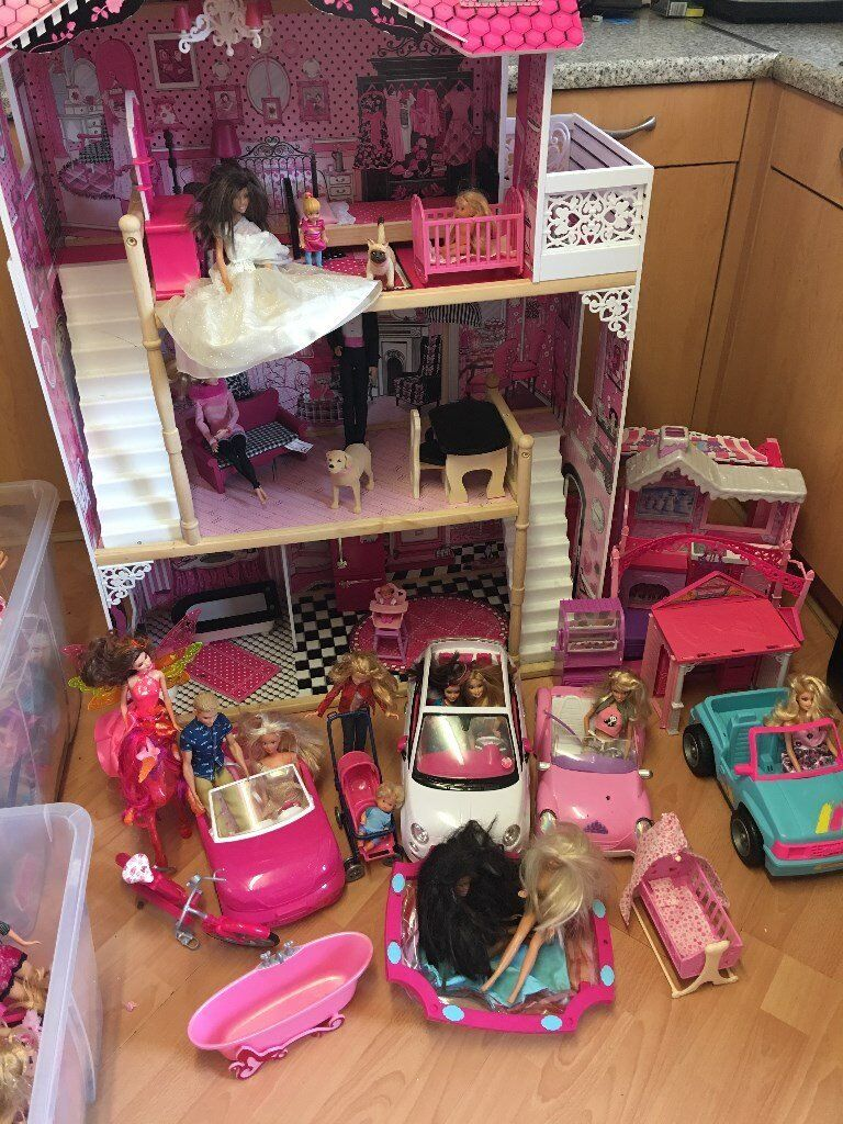 Barbie Dolls House Cars 4x4 Horse Swimming Pool And Many Dolls