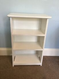 Small White Solid Wood Early 1900s Bookcase 3 ShelvesH31in/79cmW20.5in/52cmD12in/31cm