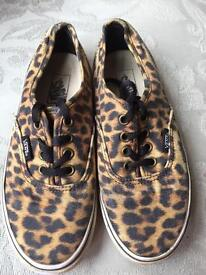 Girls Vans leopard print size 13