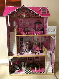 Girls Doll House *BARGAIN*