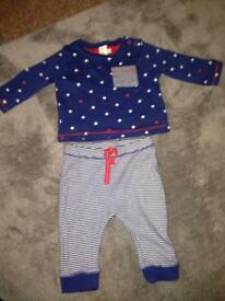 Baby outfit 3-6