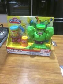 Marvel play dough can Heads play set new
