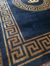 New black and gold luxury thick rug 160x230cm