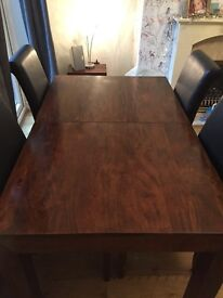 Next Dakota Extending Solid Wood Dining Table & 4 Chairs