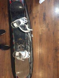 156 Forum Snowboard Burton Custom Bindings and Dakine board bag