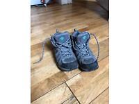 Columbia Hiking Boots (UK5/EU38)