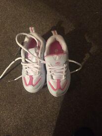 Pink heelies