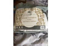Single Bed Goose Feather & Down Mattress Topper Unused