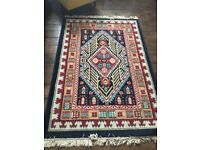 Lovely traditional style rug.