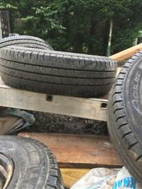 Commercial vehicle tyres 205/75R 16C