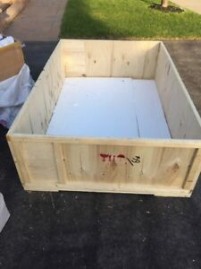 Brand new sturdy 2 wooden boxes with lid