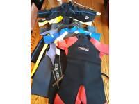 Wetsuits : men's ladies and kids.
