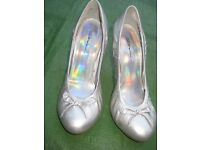 Pair of Soft Silver Dolcis Shoes - Size 6