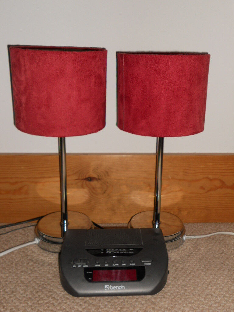 2 x Lamps & clock radio.