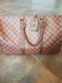 Louis vitton holdall bag