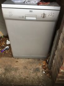 Silver freestanding dishwasher