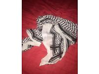 Shimmering Pashmina - Black and White